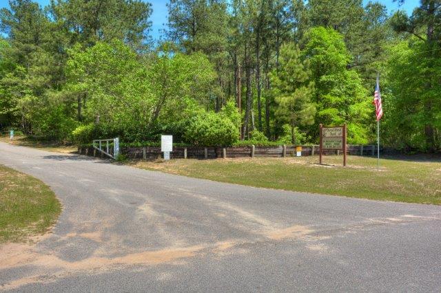 An image of Boyd Pond Park.