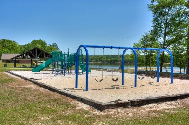 An image of the playground a Langley Pond Park.