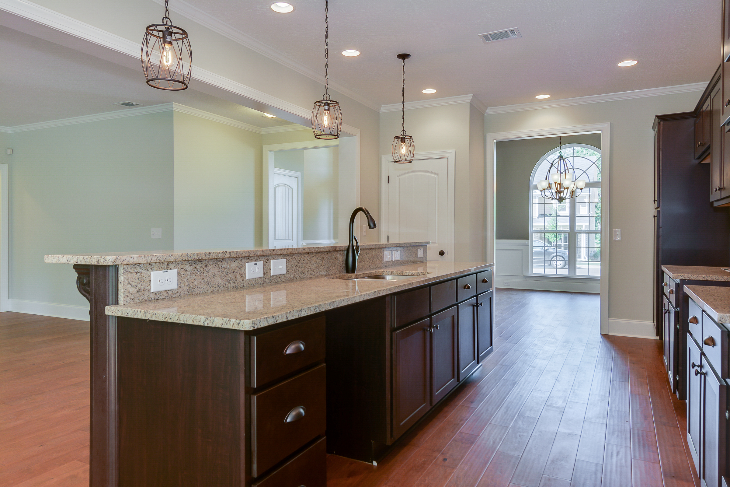 An image of the breakfast bar in Bergen Place West Home.