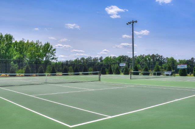 An image of the tennis courts near Bergen place West.