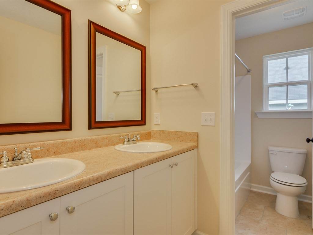 An image of a bathroom in Haynes Station.