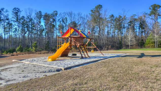 An image of the playground at Bergen Place West.
