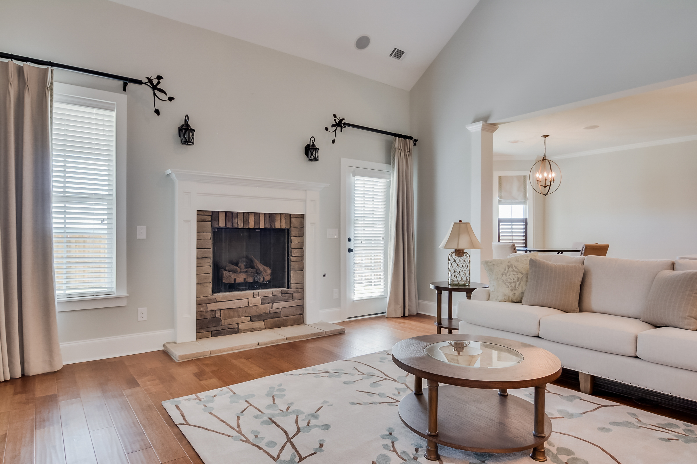 An image of the fireplace in Greggs Mill home.