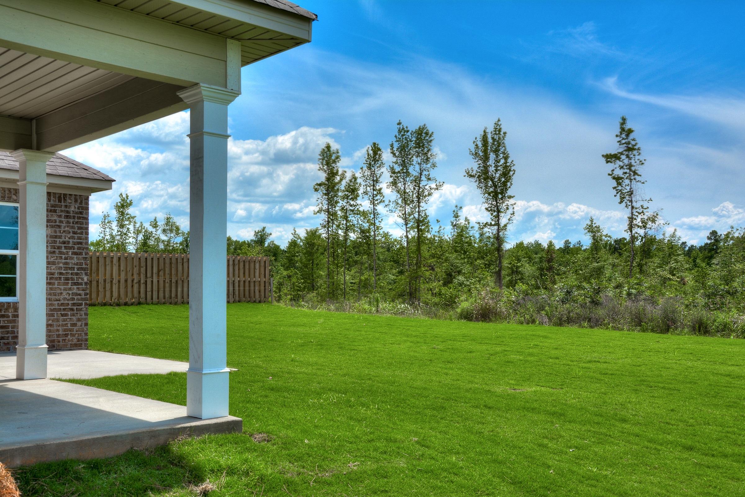 An image of a open backyard in Kelarie.