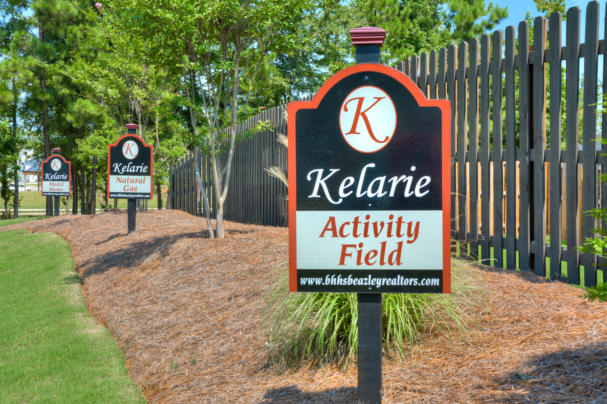 An image of the Kelarie Amenity signs.